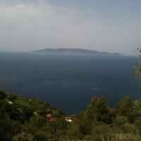Foto scattata a Cala del Gesso da Fabio S. il 7/28/2012