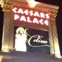 Foto scattata a The Colosseum At Caesars Palace da Matt P. il 7/26/2012
