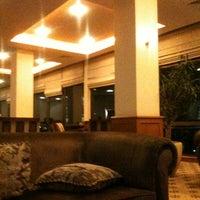 3/22/2012 tarihinde Dennis A.ziyaretçi tarafından Hilton Istanbul Executive Lounge'de çekilen fotoğraf