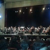 Foto tomada en Teatro Sucre por Jorge Luis E. el 3/22/2012