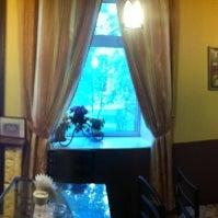 Снимок сделан в Коктейль-бар «Дом вина» пользователем Evgeny K. 6/1/2012