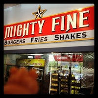 Photo taken at Mighty Fine Burgers by Ian of D. on 7/29/2012