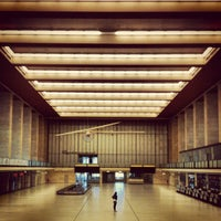 Das Foto wurde bei Flughafen Tempelhof von Backpacker Jam am 7/15/2012 aufgenommen