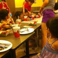Photo taken at KFC by Hà N. on 5/20/2012