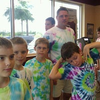 Photo taken at Dunkin' Donuts by Donna H. on 8/10/2012