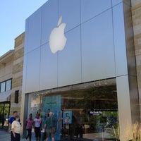 Photo taken at Apple by Noah M. on 6/23/2012