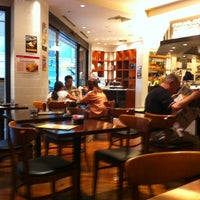 Photo taken at ウエストパークカフェ 羽田店 West Park Cafe by のりぞう U. on 8/5/2012
