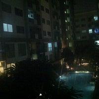 Photo taken at Aspace Condo Sukhumvit77 @ G Building by bond on 10/6/2011