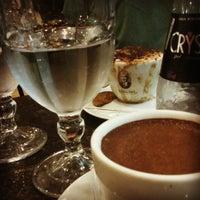 Foto tirada no(a) Café Baroni por Renata M. em 1/16/2012