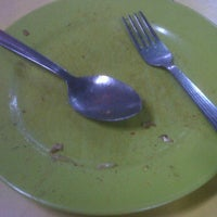 Photo taken at Restoran Asyraf by kasru klashdab on 4/8/2012