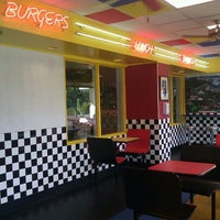 Photo taken at Teddy's Bigger Burgers by Michael W. on 12/17/2011