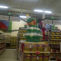 Photo taken at Canadian Tire by Denny M. on 12/11/2011