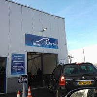 Photo taken at Iclean Carwash Ommen by Paul-Christiaan D. on 1/14/2012