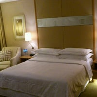 Photo taken at Four Points by Sheraton Shenzhen by bc17ab on 5/19/2012