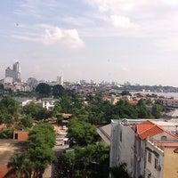 Photo taken at Sheraton Hanoi Hotel by Osvaldo D. on 9/17/2011