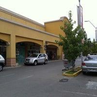 Photo taken at Santa Isabel by Rodrigo G. on 3/5/2011