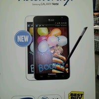 Photo taken at Best Buy by Jayme T. on 2/19/2012