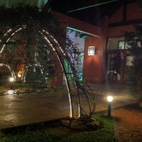 Foto tirada no(a) Hotel Pousada La Vie Rose por Tarcísio Q. em 10/9/2011