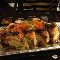 Foto scattata a Sushi Hanabi da Jeff S. il 8/7/2012