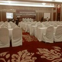Photo taken at Hotel Pullman Surabaya City Centre by Tommy I. on 6/12/2012