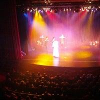 Photo taken at Teatro Oriente by Mauro R. on 9/9/2012