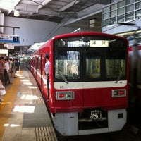Photo taken at Keikyu Shinagawa Station (KK01) by au_aco on 5/27/2012