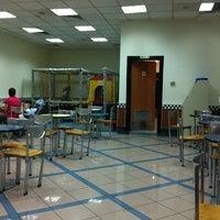 Photo prise au Burger King par Asli A. le8/19/2011