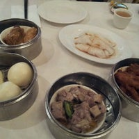 Photo taken at Wong's King Seafood Restaurant by Charles Y. on 3/12/2012
