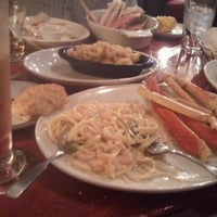 Photo taken at Red Lobster by Justina G. on 1/5/2012