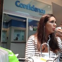 Photo taken at Confidence Câmbio by Leonardo P. on 5/27/2012