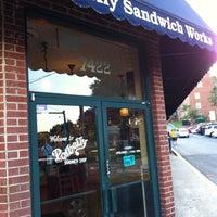 Photo taken at Potbelly Sandwich Shop by Sivamon P. on 8/30/2011