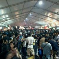 Photo taken at The AXIS Jakarta International Java Jazz Festival 2011 by trev p. on 3/5/2011