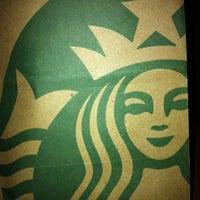 2/4/2012 tarihinde Fernanda F.ziyaretçi tarafından Starbucks'de çekilen fotoğraf