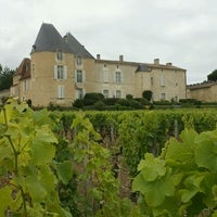 Photo taken at Château d'Yquem by Cri S. on 7/12/2012