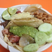 Photo taken at Tacos Don Chema by Christian Fernando C. on 7/20/2012