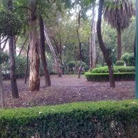 Foto tomada en Jardín Ramón López Velarde por Eddy B. el 7/20/2012