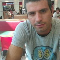 Photo taken at Burger King by Martin K. on 8/30/2011