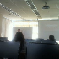 Photo taken at Diplomado Comunicación y Marketing Digital by Cristian on 8/18/2012