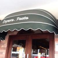 Photo prise au Signora Pasta par hutomo y. le2/19/2012