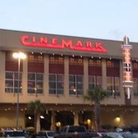 3/31/2012에 Emily L.님이 Cinemark Memorial City에서 찍은 사진