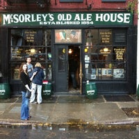 10/2/2011にPhil A.がMcSorley's Old Ale Houseで撮った写真