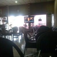 Снимок сделан в مقهى مراكش Marakeesh cafe пользователем عبدالعزيز ا. 4/30/2012