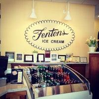 Photo taken at Fentons Creamery & Restaurant by Linda Kim D. on 9/3/2012