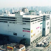 Photo taken at Shopping Metrô Santa Cruz by Ricardo M. on 10/13/2011