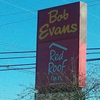 Photo prise au Bob Evans Restaurant par Thomas C. le1/15/2012