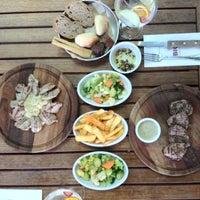 9/8/2012 tarihinde Gozde A.ziyaretçi tarafından Big Chefs'de çekilen fotoğraf