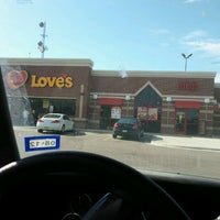 Photo taken at Love's Travel Stop by Javier C. on 12/12/2011