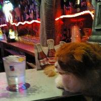 Foto tomada en Kentucky Bar por Mònica T. el 10/29/2011