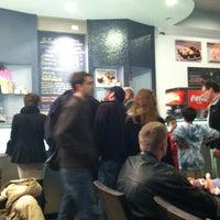 Das Foto wurde bei George's Ice Cream & Sweets von Bill D. am 4/13/2012 aufgenommen