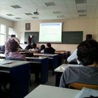 3/7/2012 tarihinde Gizem B.ziyaretçi tarafından Kimya Metalurji Fakültesi'de çekilen fotoğraf